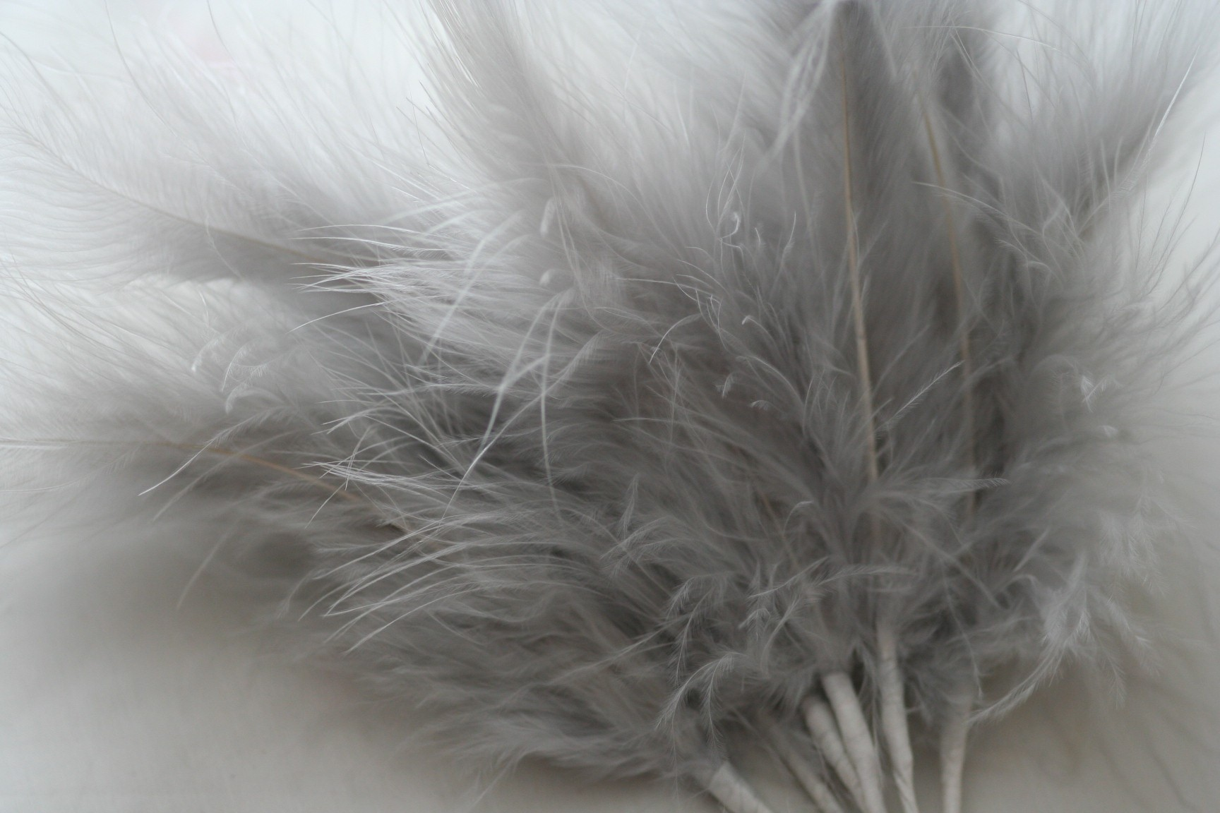 Wired Fluffy Feather Mount Silver Grey Millianry